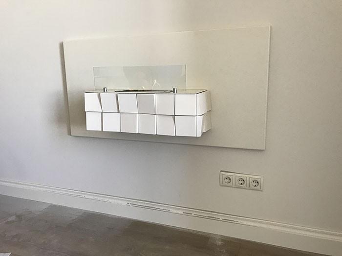 настенный биокамин в интерьере квартиры