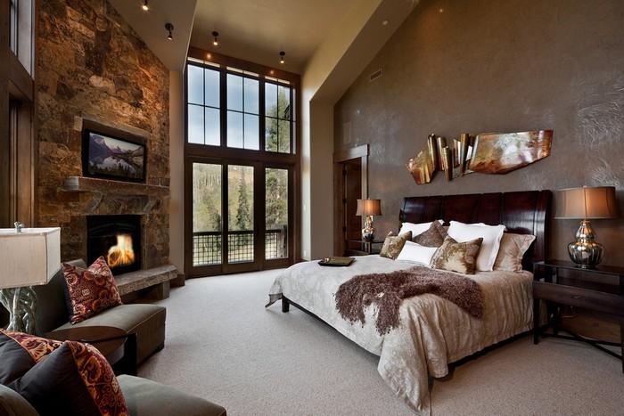 биокамин в спальне с классическим интерьером