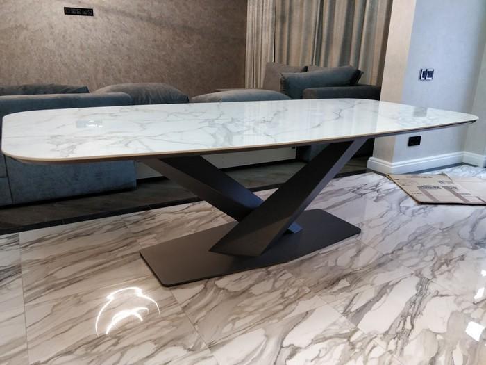 стол от производителя Ustinov-studio