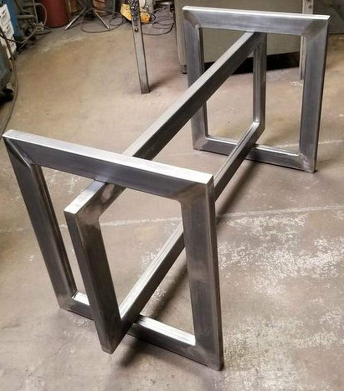 дизайнерское металлическое подстолье для стола